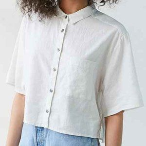 silence + noise Tops - SILENCE + NOISE Linen Cropped Button Down Blouse